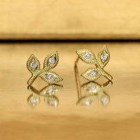 【オリーブ】アンティークオリーブ&ダイヤモンド S スタッドピアス /イヤリング K18YG(イエローゴールド)
